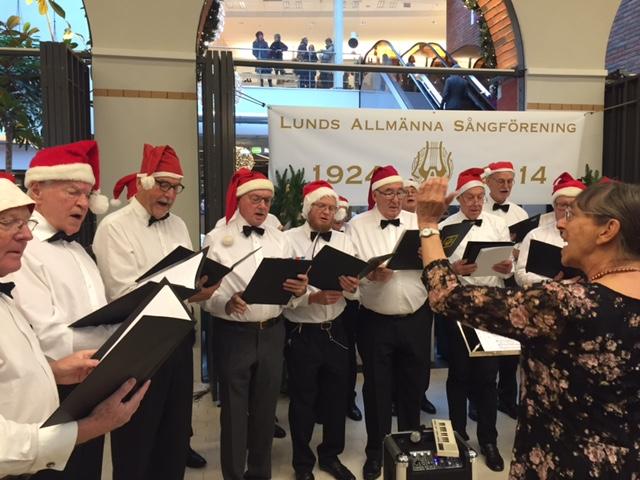 Lunds Allmänna Sångförening sjunger in första advent!